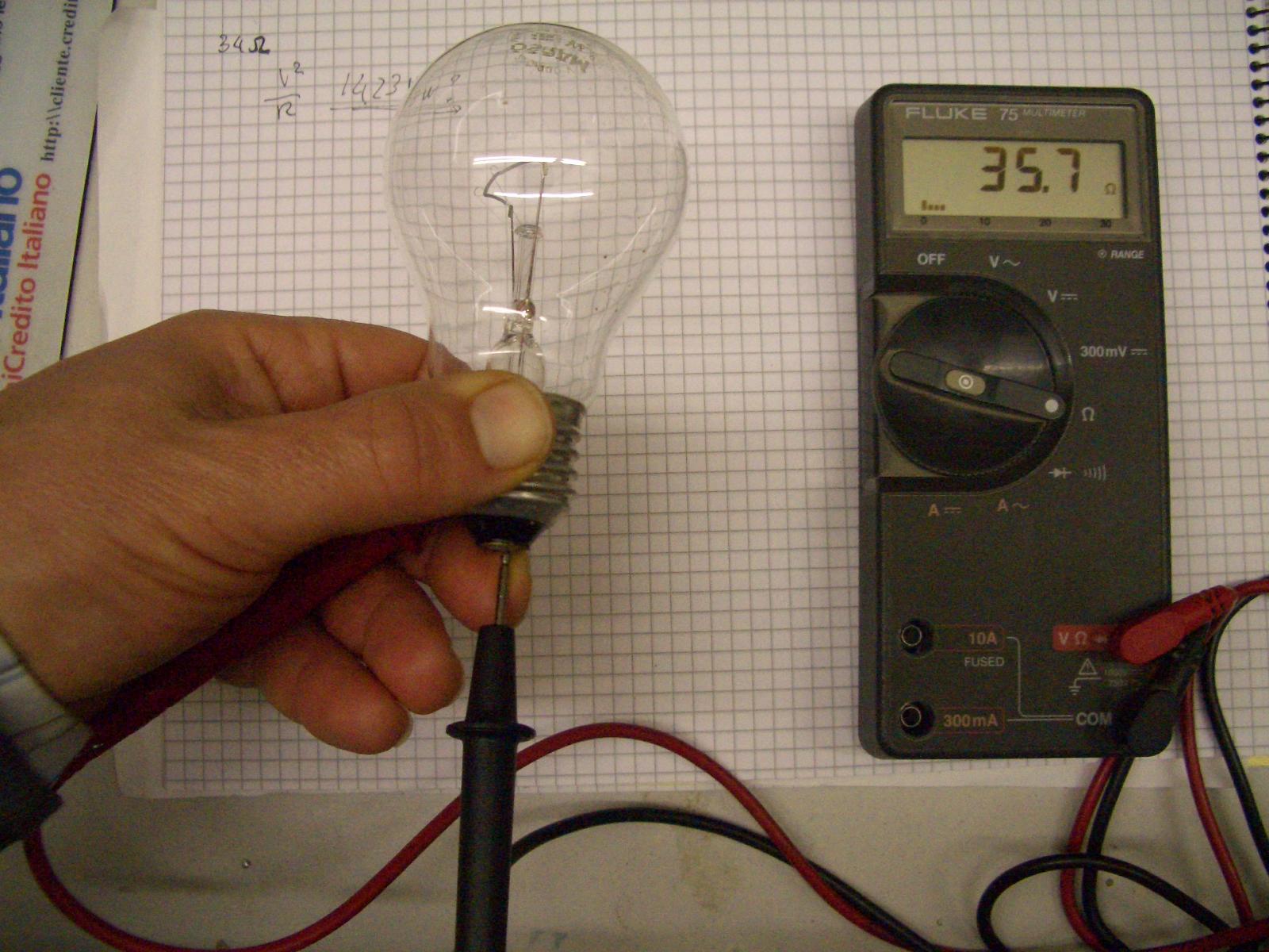 Schema Elettrico Lampada : Sezione dei cavi elettrici in una linea