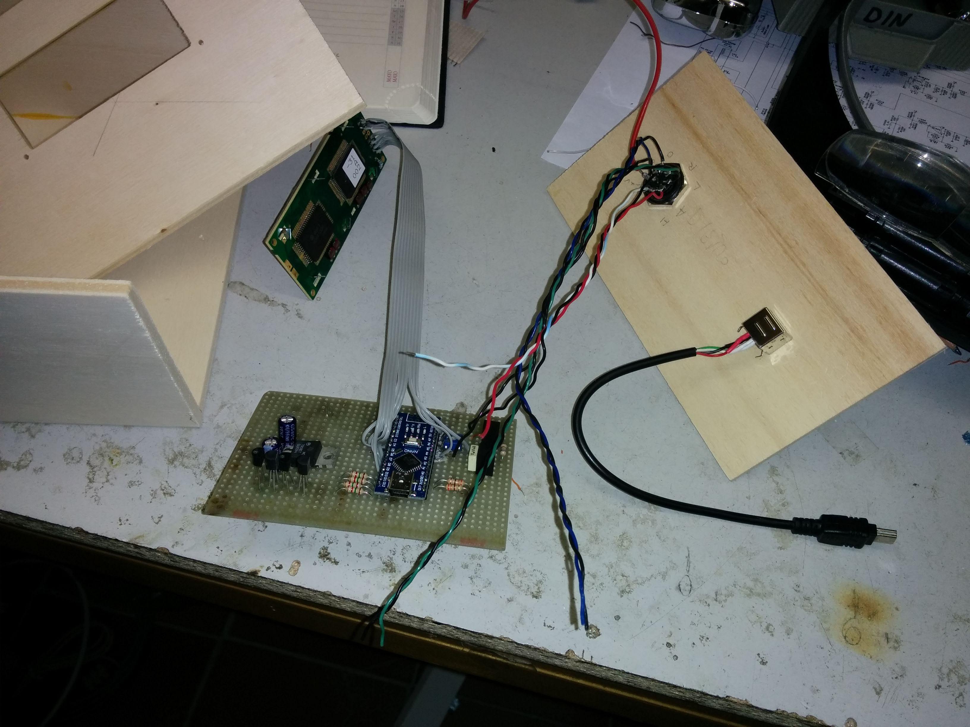 SatHole – un controllore per rotore di antenna basato su Arduino